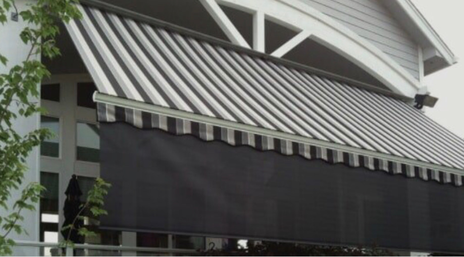 How much do commercial awning cost?