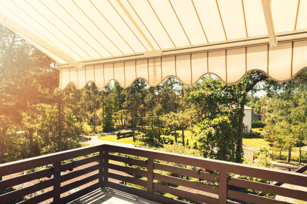 Retractable Awnings vs. Sun Shades: What's Right for You?